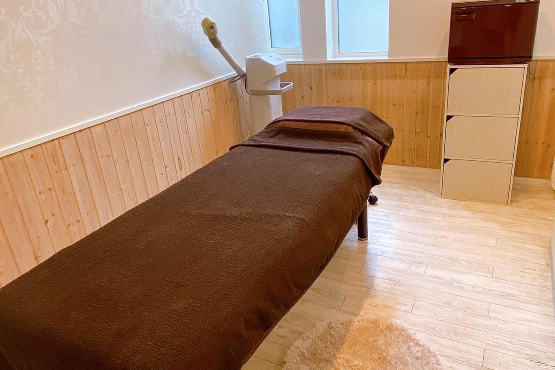 施術のためのベッドの写真